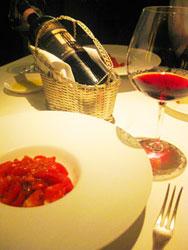 トマトの冷製パスタとブルネッロ